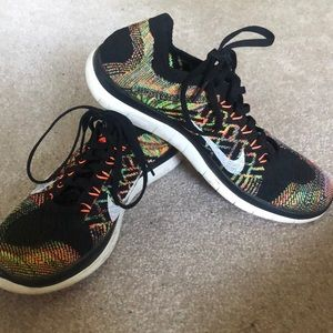 NIKE Running Shoes 4.0